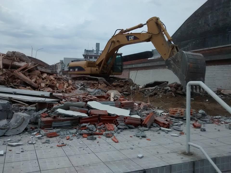 Conheça os principais tipos de demolição e sua aplicação