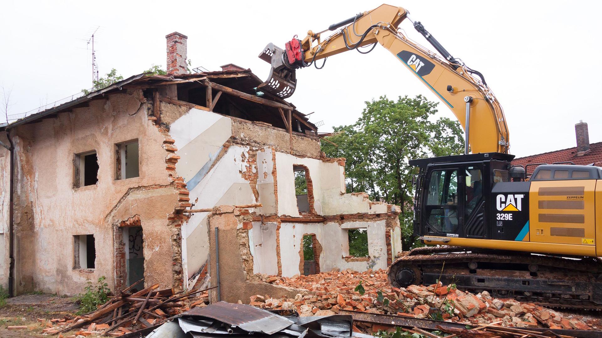 Segurança na demolição: Dicas para garantir uma desconstrução efetiva