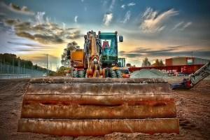 Aluguel de máquinas para obra: Descubra quais as vantagens