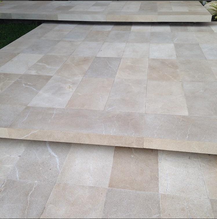 mármol martelinado texturado 30x60