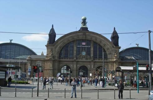 Hauptbahnhof -MainRailwayStationFrankfurt Germany