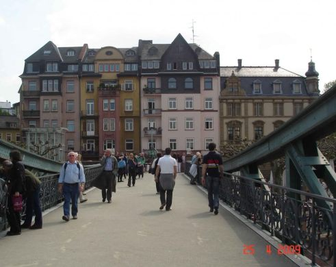 The-Old-Iron-Bridge River Main Frankfurt Germany
