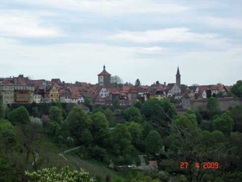 Picturesque-Rothenburg-situated above the Tauber Valley
