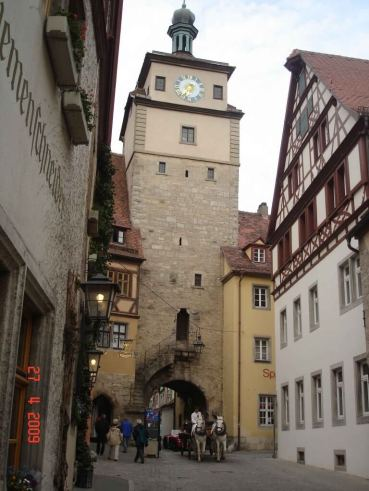 Roderturm Tower-with-horses-Rothenburg