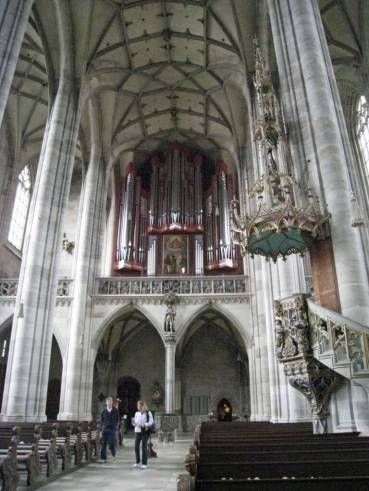 Dinklesbuhl-Organ St George's gothic church