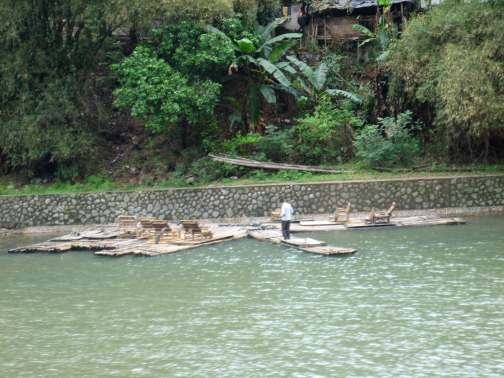 Bamboo-rafts-for-tourists-w
