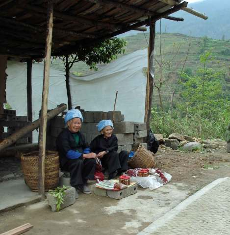 Village-women-at-markets
