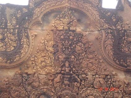 Detail of carvings east entrance Gopura-Benteay Srei