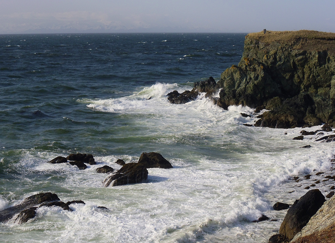 Waves on Bear Island