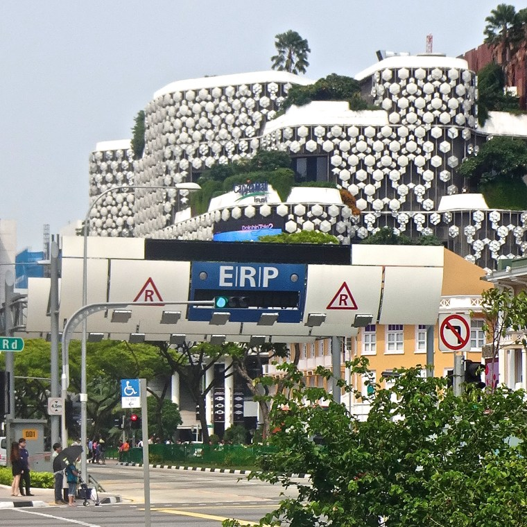 Singapore's ERP gantries are surprisingly unobtrusive in urban areas.  I hadn't realized  I'd photoed any until I reviewed my files.