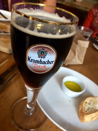 Krombacher dark in glass