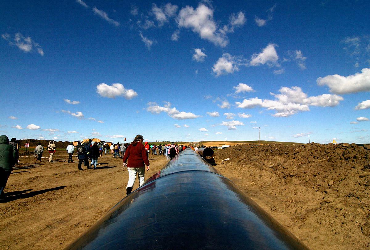 The black snake of the pipeline