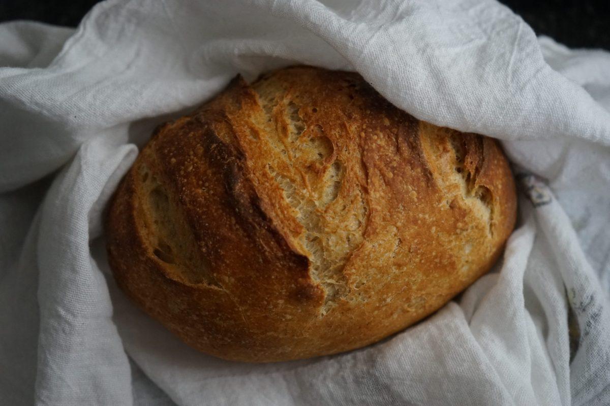 A loaf of homemade pan de escanda