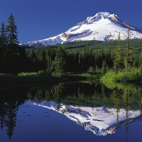 Mountain Hood and Trillium Lake