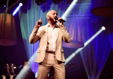 Boteco Parador retorna neste sábado (23) com apresentação do cantor Belo