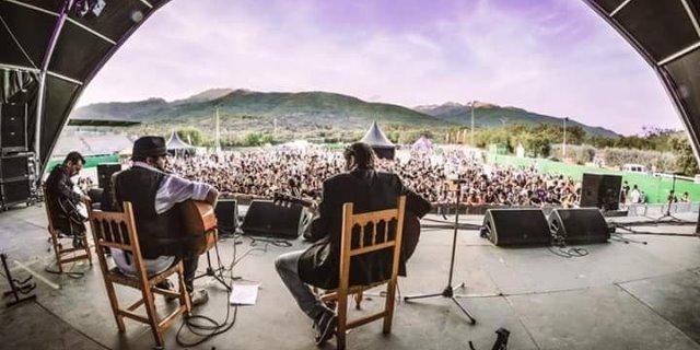 Kutxi Romero dando un recital en la pasada edición del festival Shikillo.