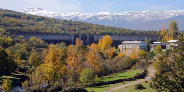 Vistas del embalse de la Pinilla.