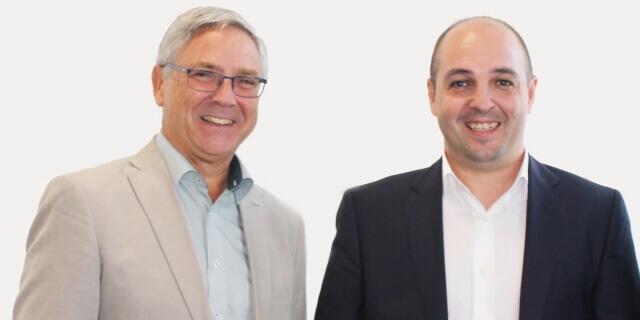 Jean-Paul Rignault, presidente y consejero delegado de AXA, y Carlos Falcato, el fundador y socio mayoritario de SaludOnNet