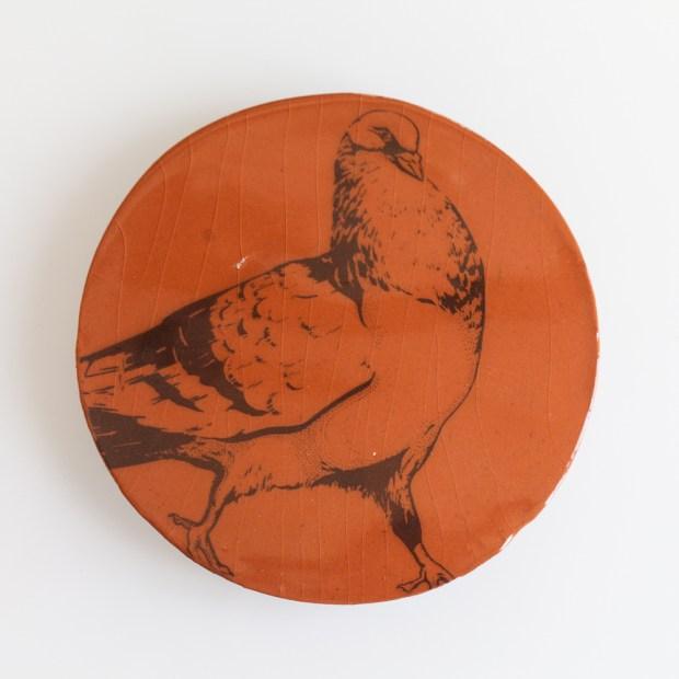 5 | Nathalie Charrié | Ball trap | Produit | 35,00€ | 6344 | Pigeons d'argile sérigraphiés à l'engobe et émaillés. | Nathalie Charrié - Artiste céramiste | Terre et Terres | 10 décembre 2020