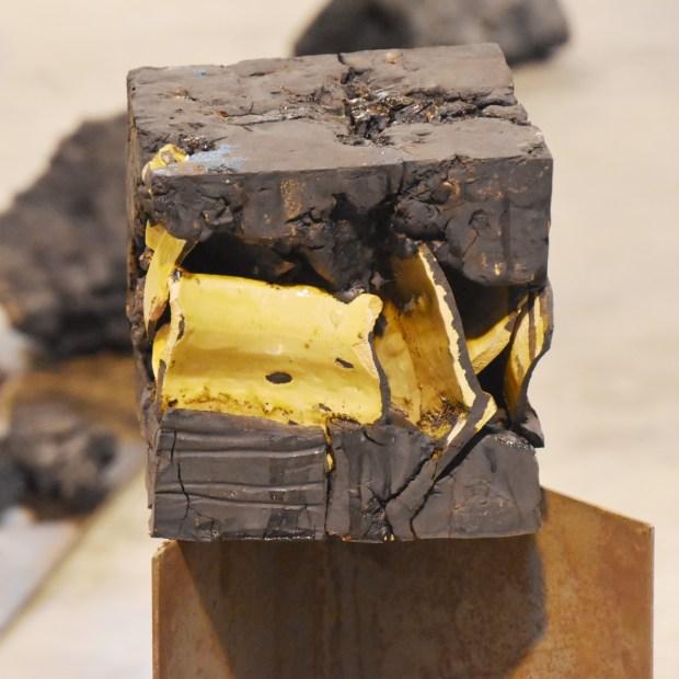 devillard cubes terroirs 1 | Claude Devillard | Cube Terroir Astaffort | Produit | 490,00€ | 7240 | Terre de terroirs compressée en cube | atelier devillard | Terre et Terres | 10 décembre 2020