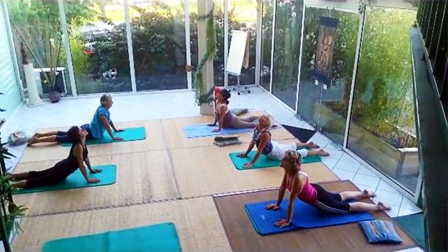 Cours de Yoga Sivananda avec Catherine-Isaure Bousquet à Terre d'Asie