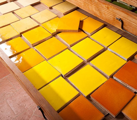 faiences unies du orange au jaune 10