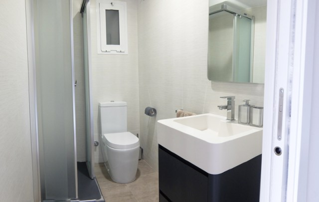 diseño de estilo mediterráneo. baño3