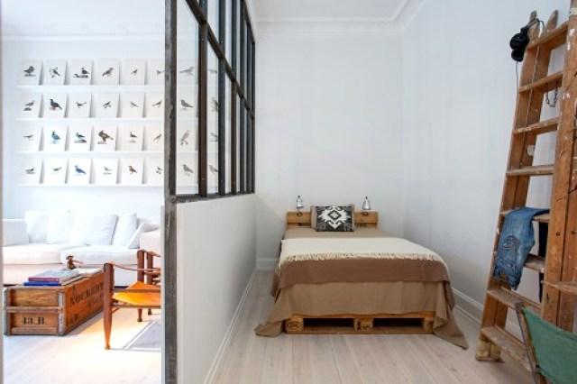 como decorar espacios pequeños. dormitorio tabique salon