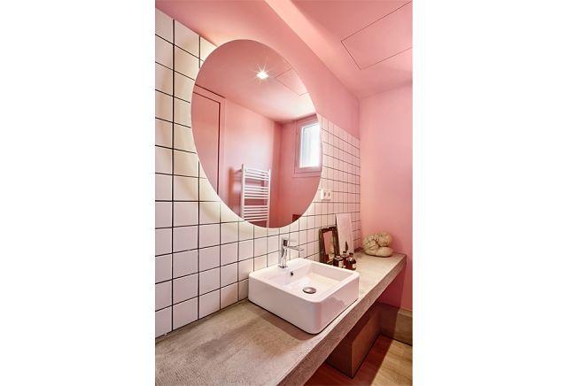 reformar una vivienda antigua. baño infantil
