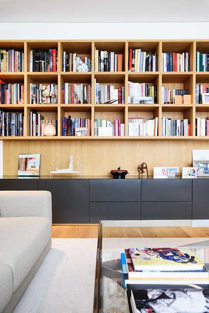 diseño y mobiliario a medida de estantería de salón