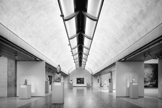 Iluminación técnica en diseño de interiores de museos