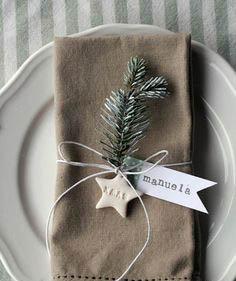 Decorar la mesa de Navidad con ramita
