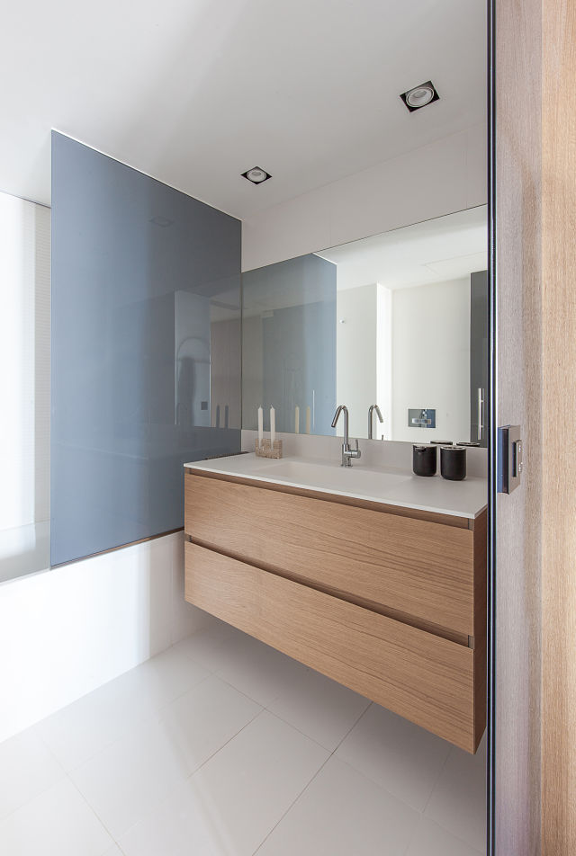 Baño de diseño en decoración de casas contemporáneas