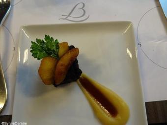 Pavé de boudin noir grillé pommes Gala flambées whisky Terroirevasion.com