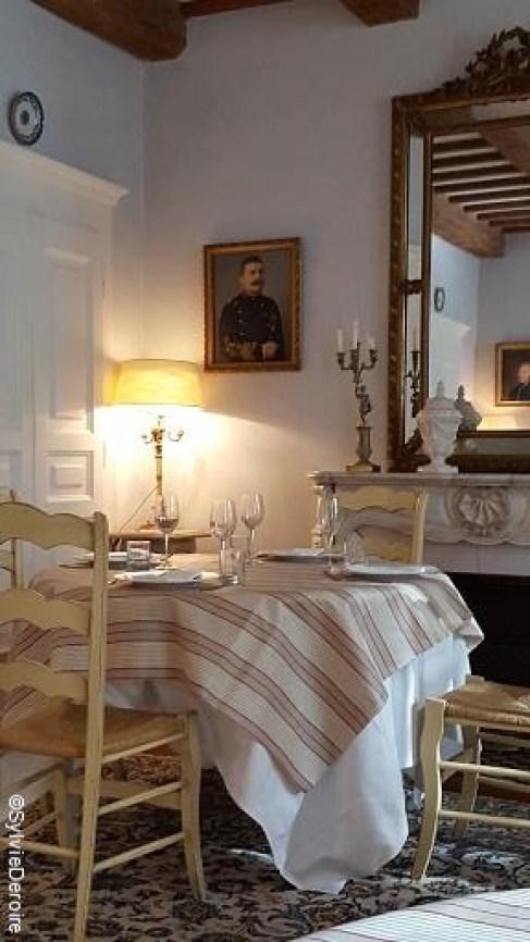 Salle à manger Claire de la Plume TerroirEvasion.com_c2i