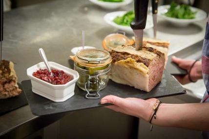 Paté Les-Fous-de-l-ile-Restaurant-Paris@Marco-Strullu TerroirEvasion.com_c2i