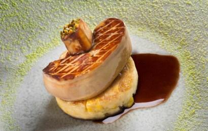 Escalope de foie gras, galette de mais frais.