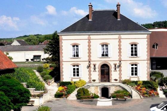 Chassenay d'Arce Champagne Pavillon de face