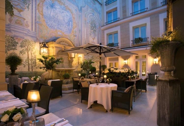 Assaggio restaurant Hotel Castille collezione Patio nuit