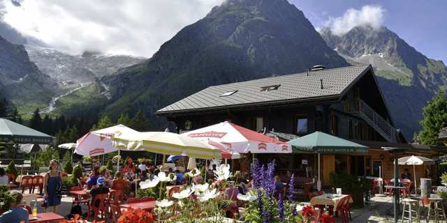Image result for Auberge des Glaciers Fouly