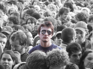 person_in_crowd