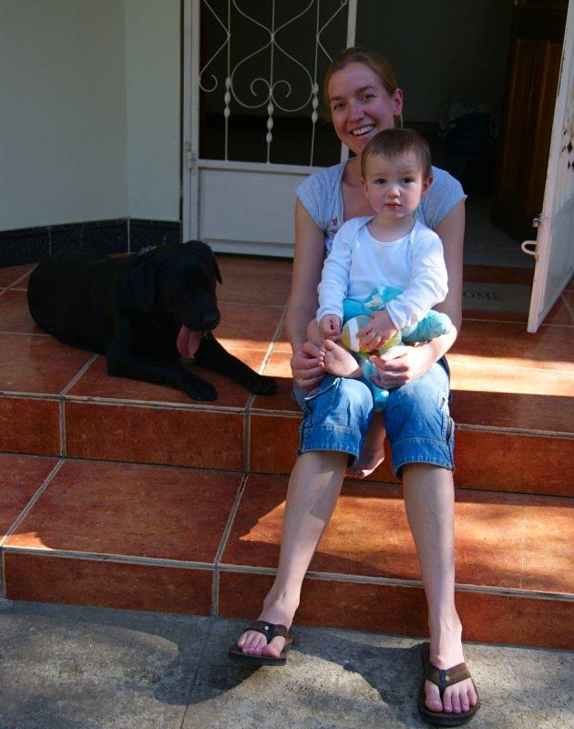 Met Julian op het trapje