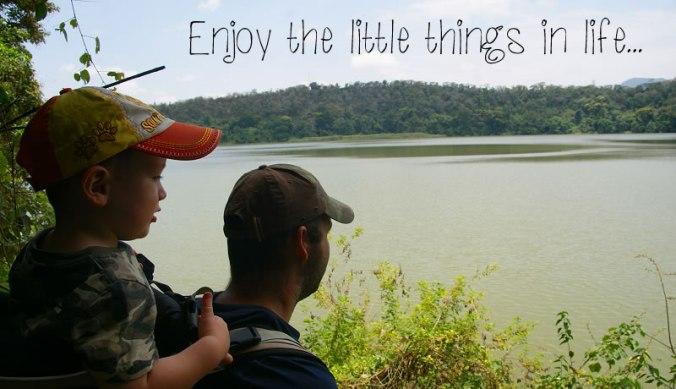 Bas en Julian bij Lake Duluti