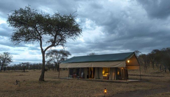 Safaritent van Nimali Serengeti midden in de bush