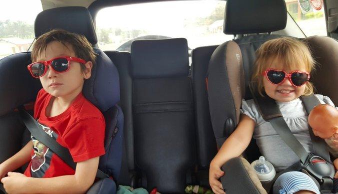 In de auto op weg naar Nairobi