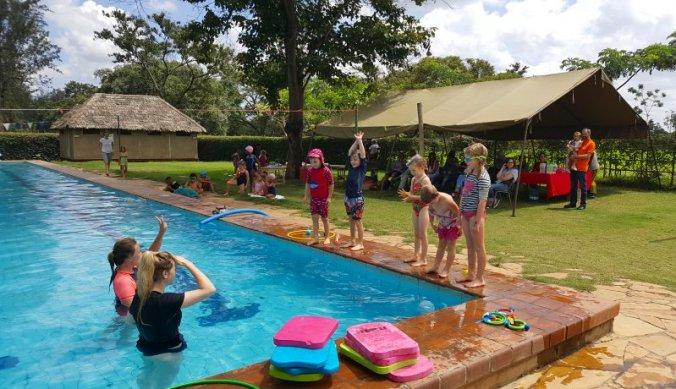 Zwemles en zwemgala op Kennedy House School
