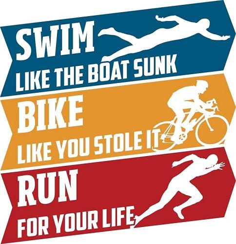 Swim, bike, run bij de triatlon in Arusha