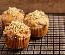 Eggless Walnut Muffin