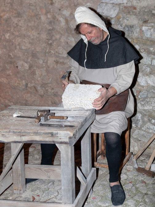 Ente Palio dei Terzieri - Scene di Vita Medievale 05