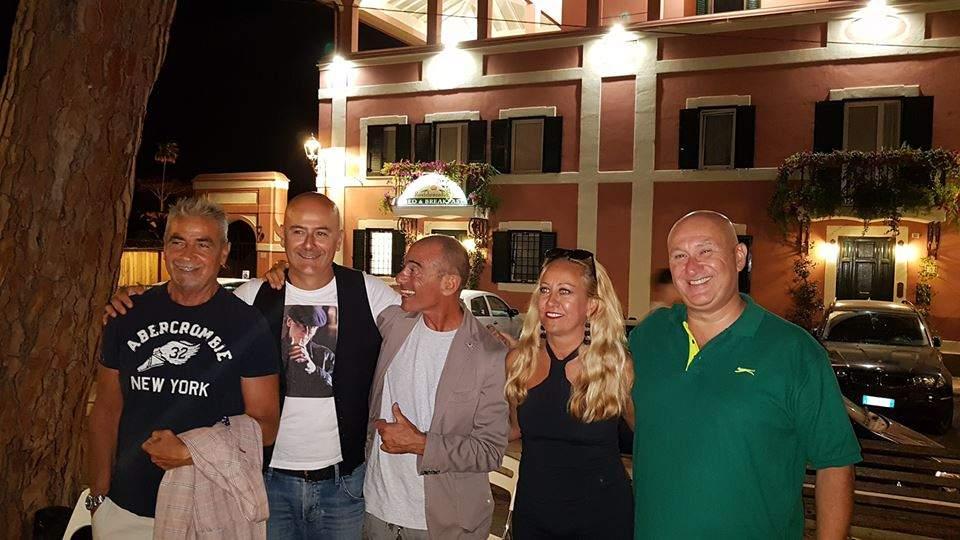 Santa Marinella, un successo le serate di Book Faces